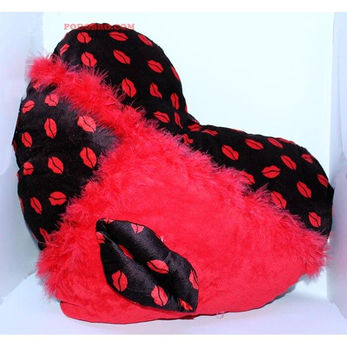 Подарък за Свети Валентин - плюшена възглавничка сърце